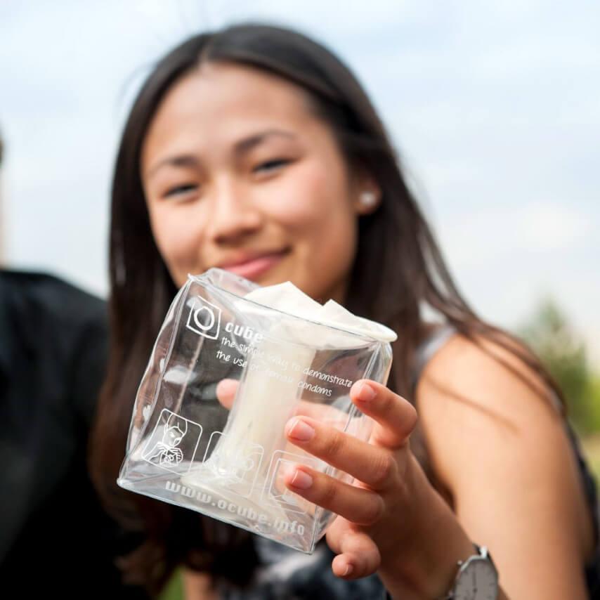 Prezerwatywy dla kobiet - jak używać, female condom, prezerwatywy dla kobiet