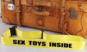 blog erotyczny: Wibrator na wakacjach, czyli czego nam nie powiedzą w biurze podróży?